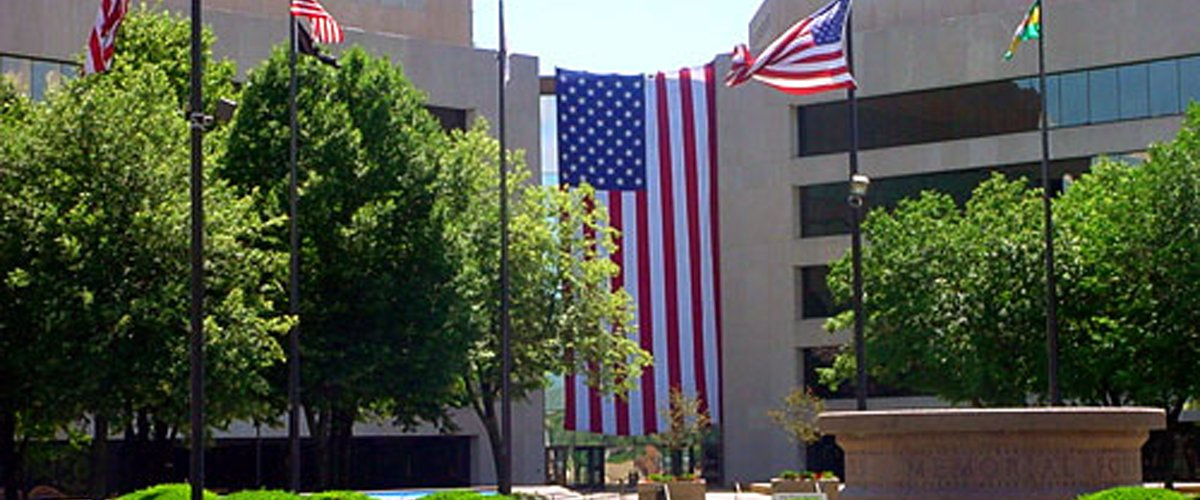 Courthouse_Flags